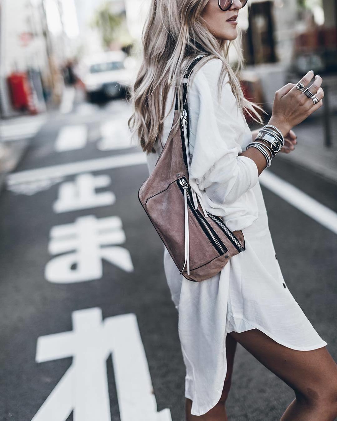 Это непросто миниатюр6ный рюкзачок, который так удобно носить заплечами, а новая интересная модель сумки. Поформе она напоминает спортивную поясную сумку, но носится черезплечо. Новая...