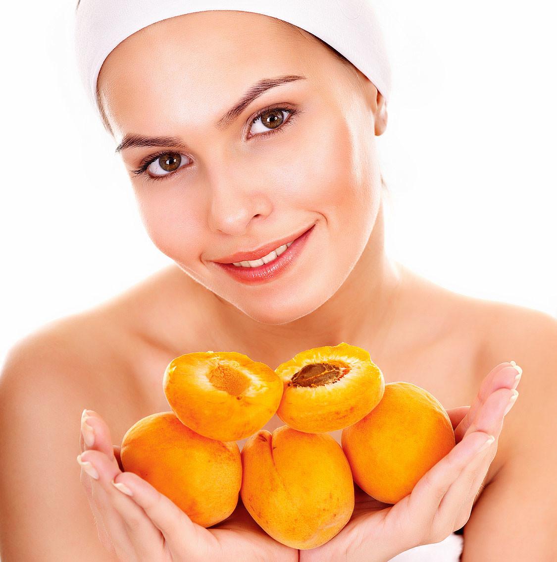 5 бьюти-средств из абрикосового масла, без которых вам не обойтись