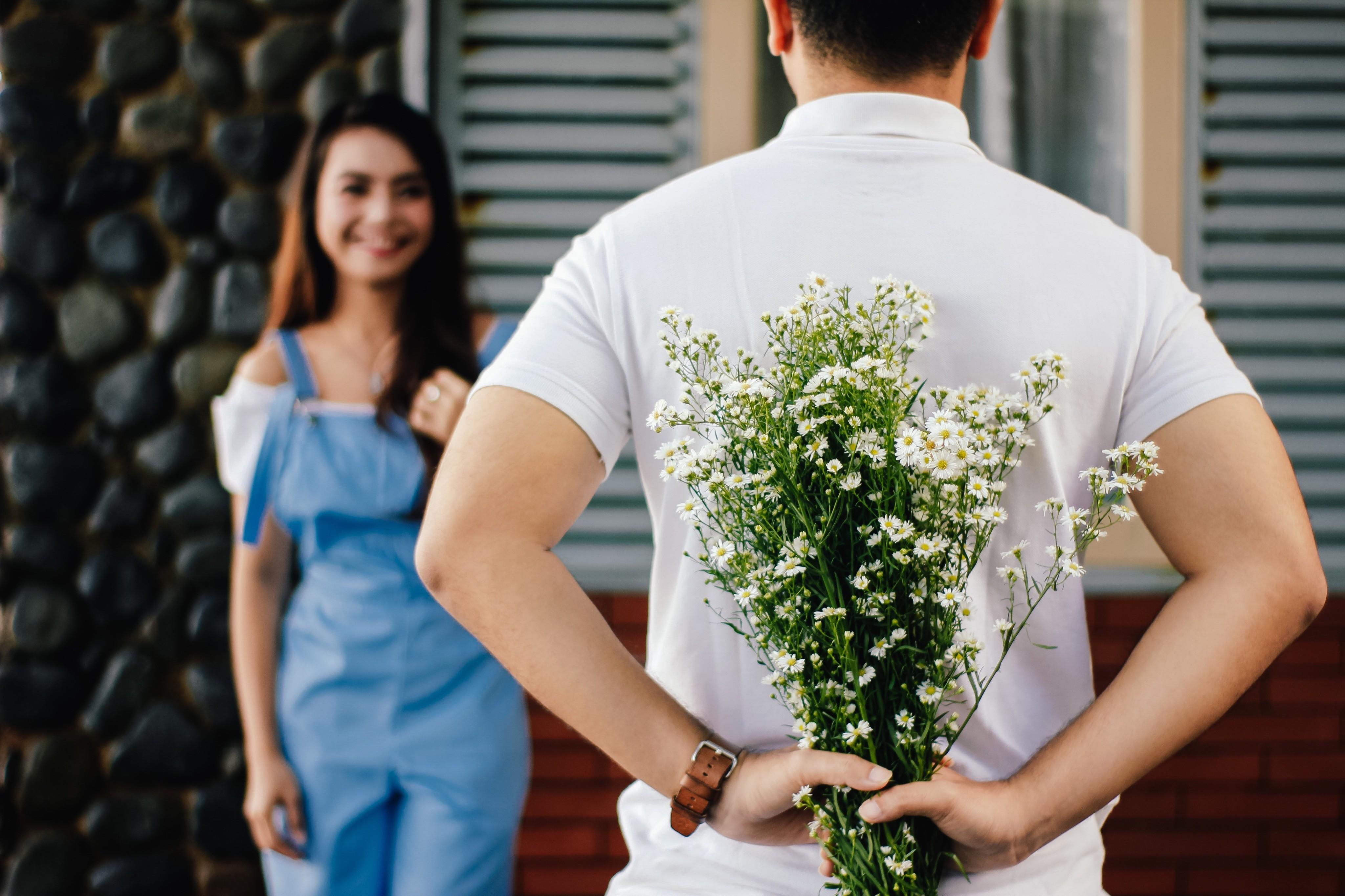 5 правил, как делать комплименты и не выглядеть подхалимом