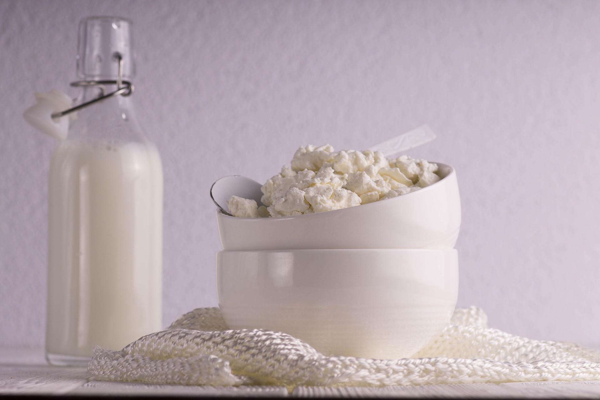 19 продуктов, в которых кальция больше, чем в молоке