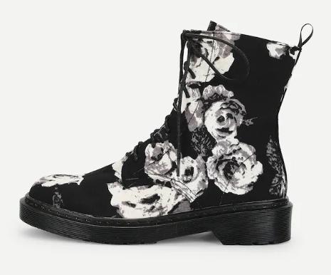 Ботинки нашнуровке сцветочным принтом