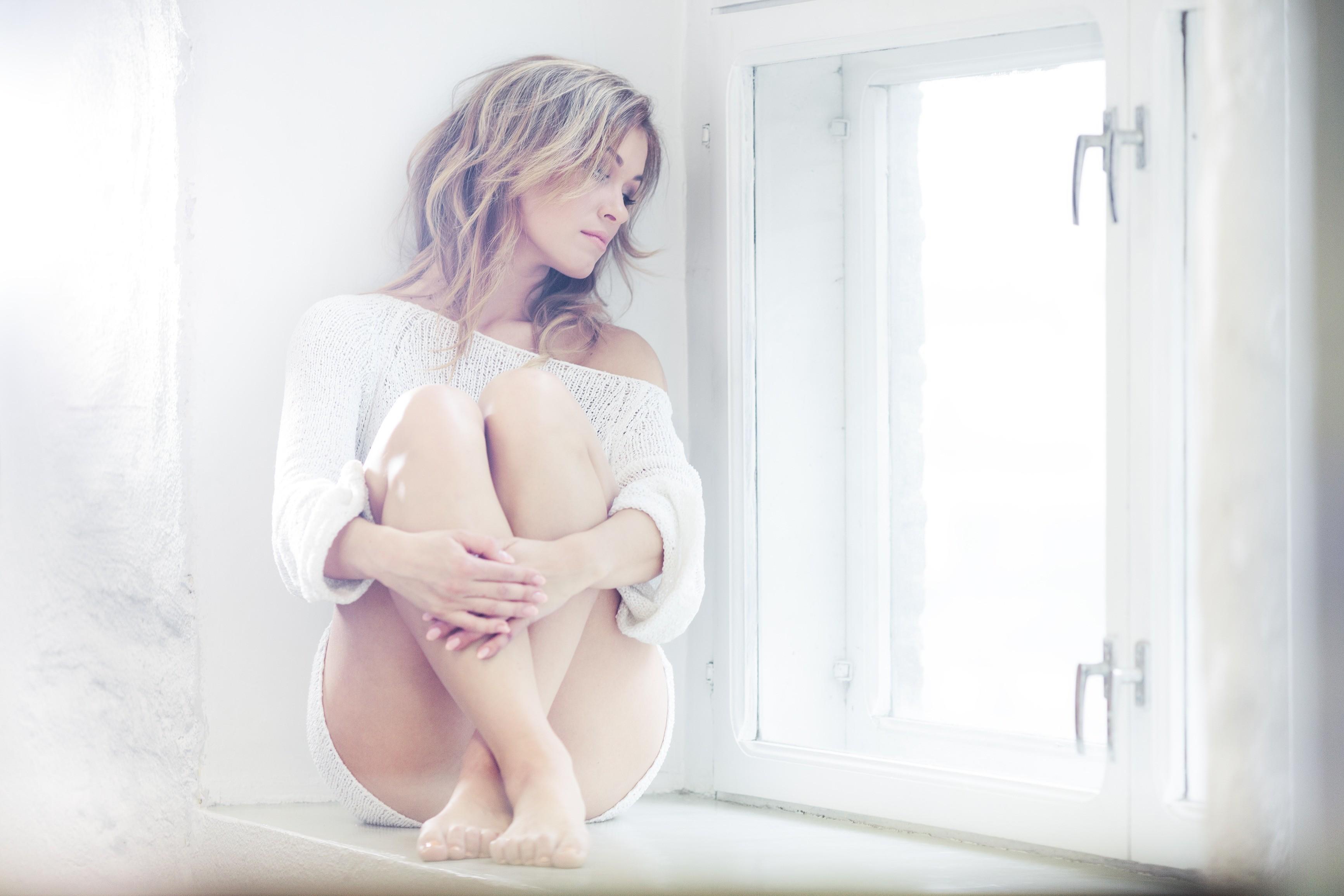 Мурашки по коже: 17 «незаметных» симптомов депрессии, которые важно увидеть как можно раньше