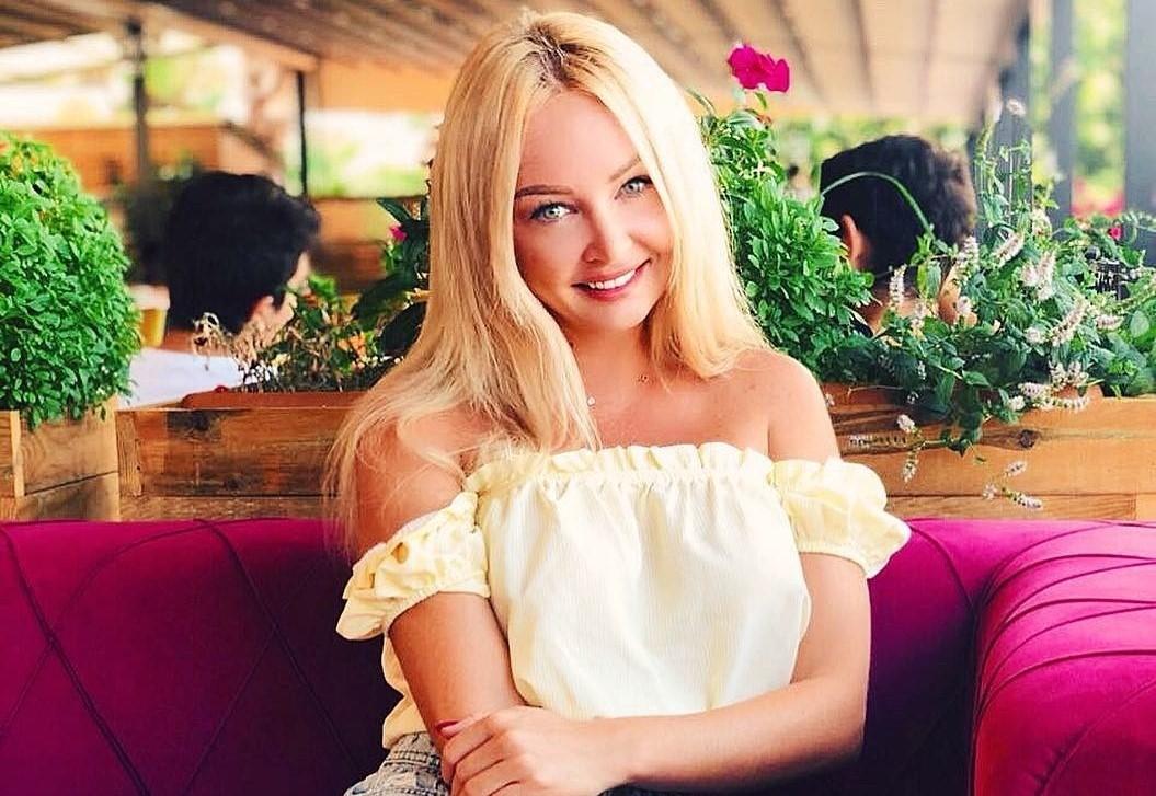 «Нас действительно кинули»: Дарья Пынзарь не может заехать в дом, за который заплатила 6 миллионов рублей