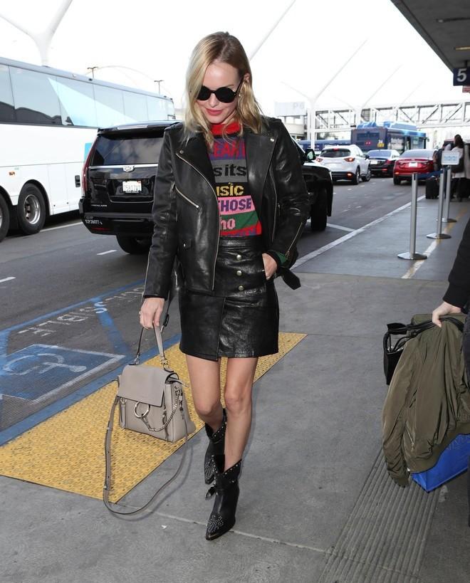 Самые востребованные сейчас мировые знаменитости, такие как Хейли Болдуин, Кейт Босуорт иДжиджи Хадид, уже носят сапоги-казаки. Присоединяйся ких звездному клану прямо сейчас. Главное —...