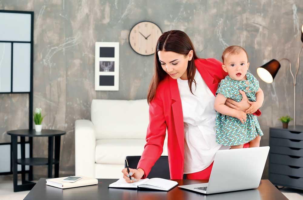 5 способов подработать молодой маме в декрете