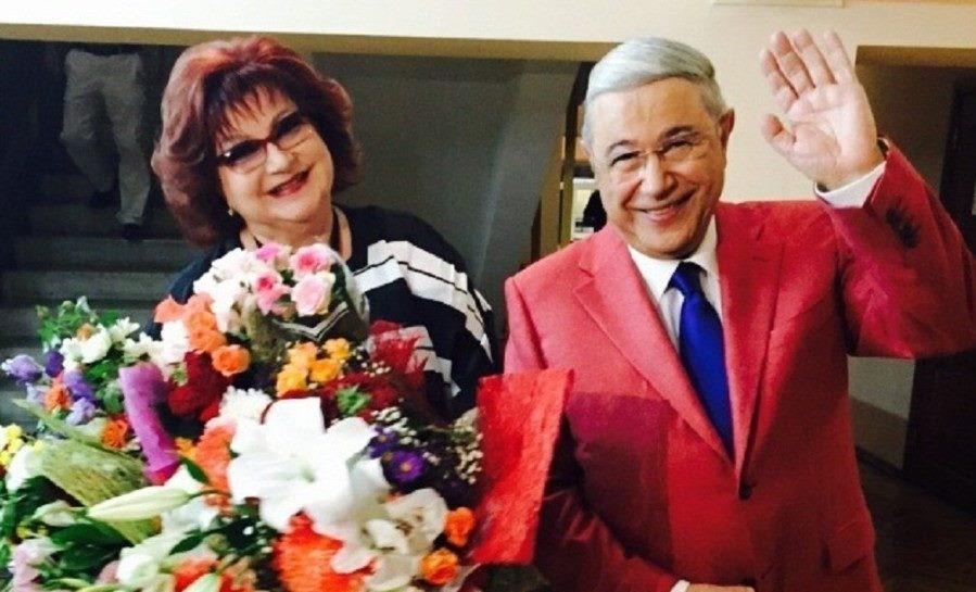 «Никто не подозревал, что этот брак распадется»: представитель Елены Степаненко рассказала, какие были отношения у юмористов