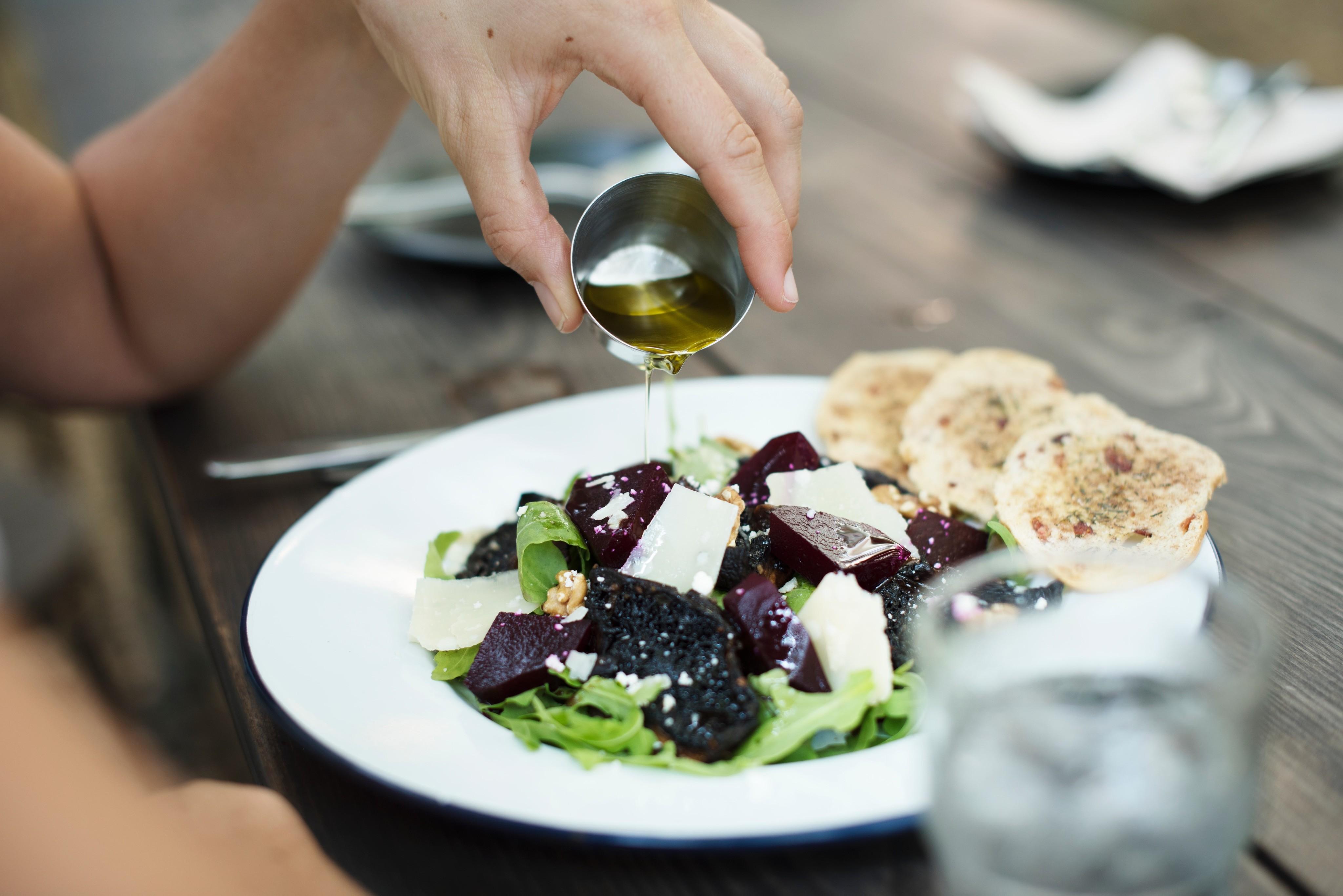 5 простых, но классных рецептов с оливковым маслом от фуд-блогера