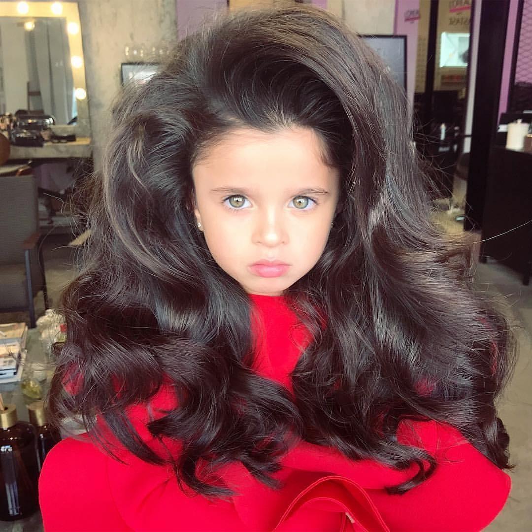 Рапунцель 21 века: маленькая девочка из Израиля покорила Instagram роскошными волосами