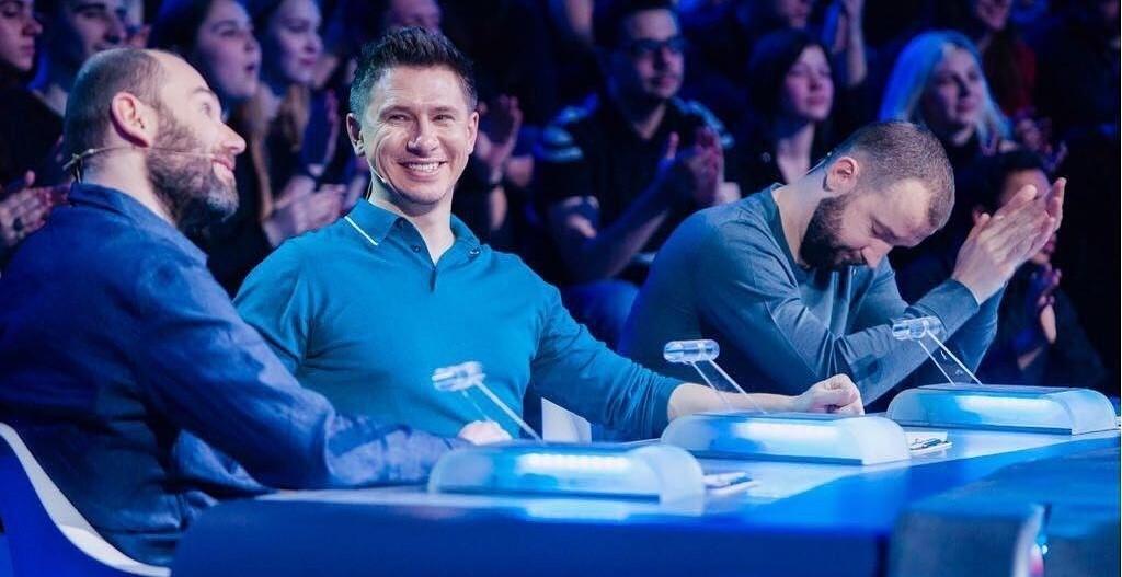 «Тупая реклама»: реальный номер телефона Тимура Батрутдинова попал на рекламные баннеры