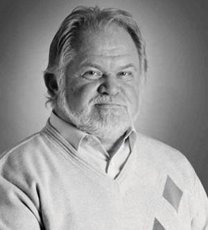 Михаил Лущик,  врач-терапевт, к.б.н., гомеопат Лондонского факультета гомеопатии: