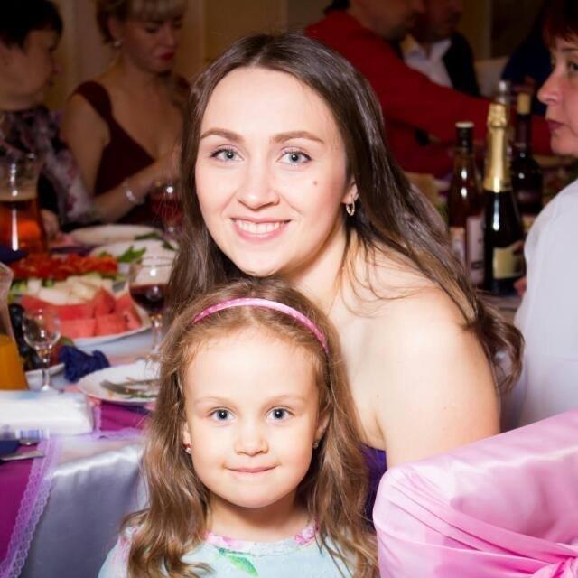 Юлия, Краснообск. Мама трех дочерей