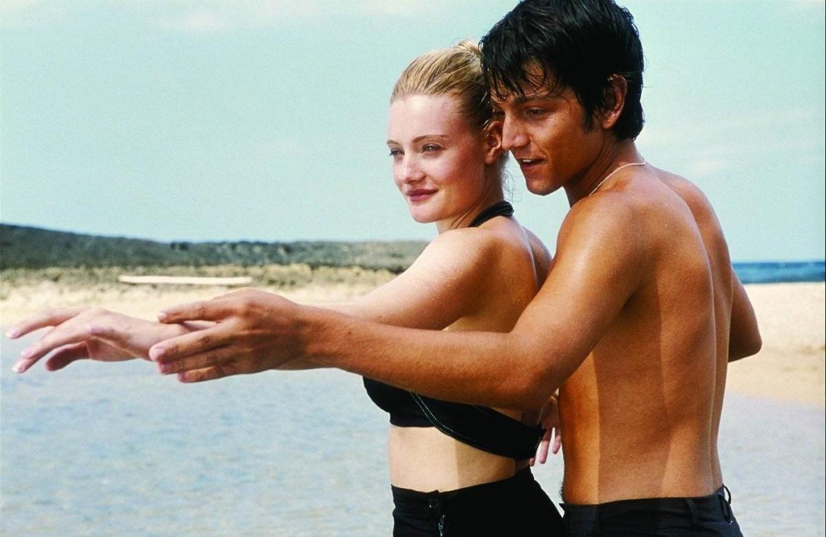 6 бесспорных плюсов курортных романов