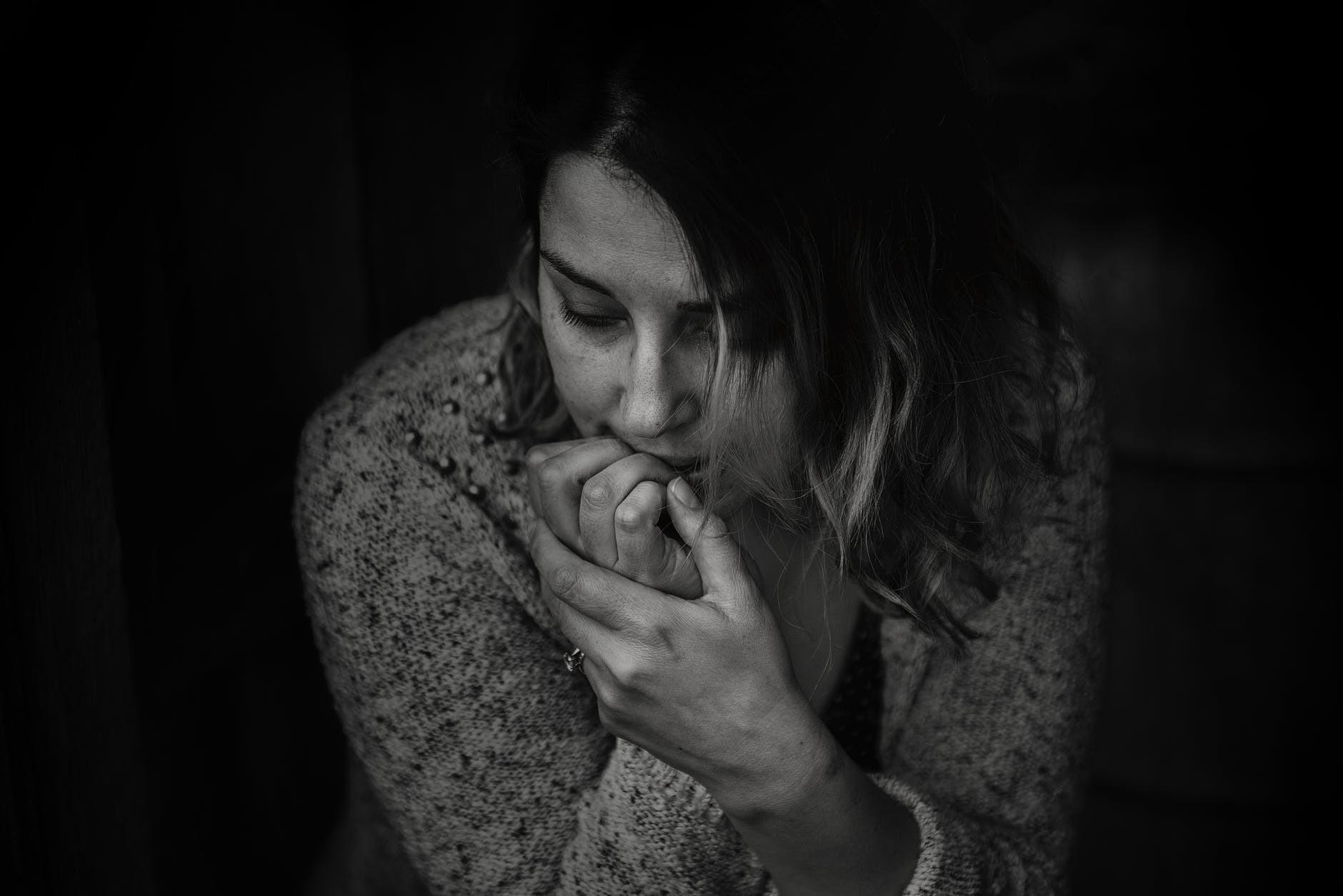 Как не принимать все близко к сердцу: причины и 12 шагов, чтобы наладить ситуацию