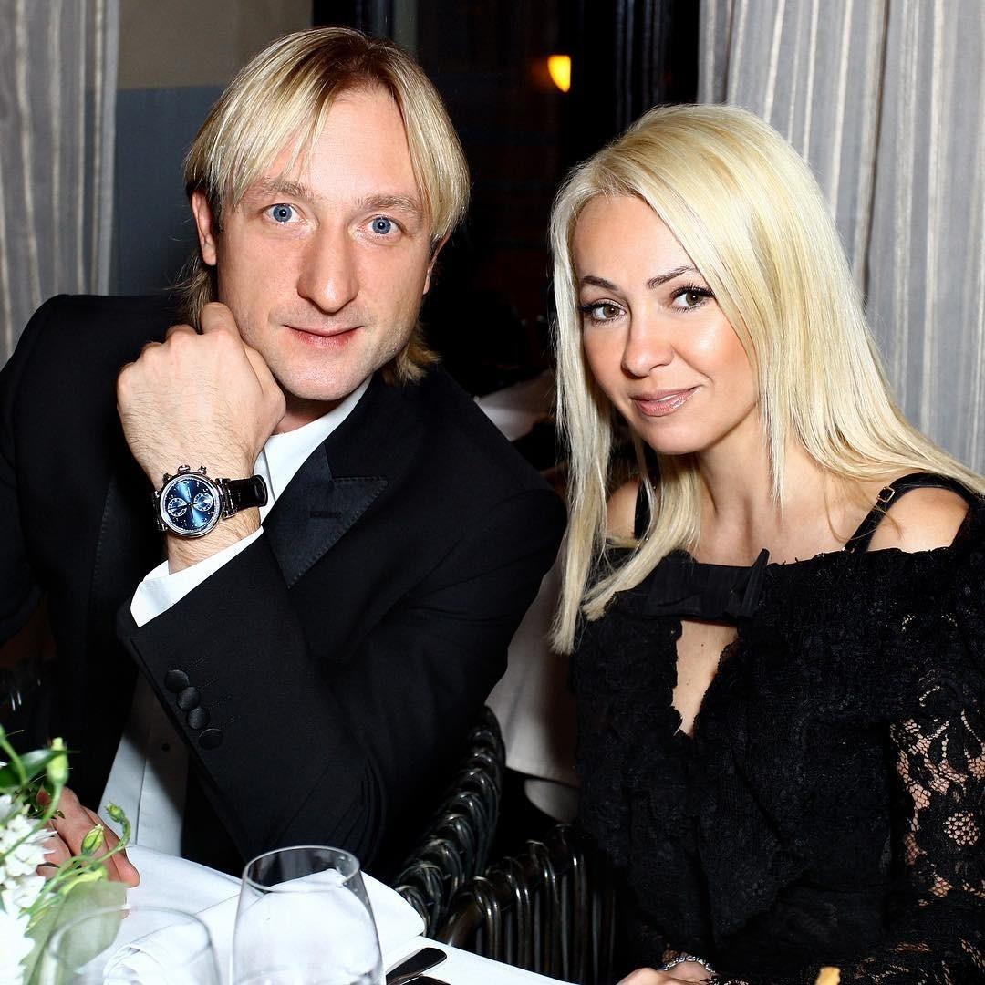 Евгения Плющенко прооперировали в Москве