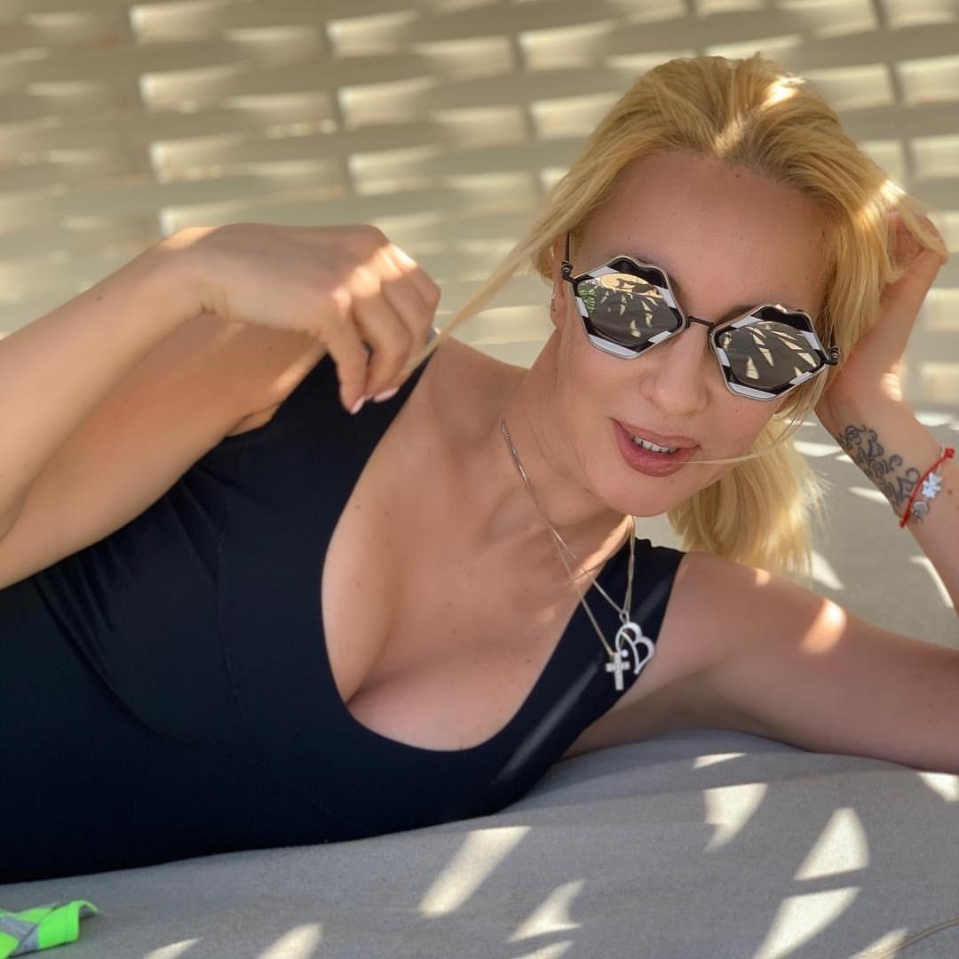 Лера Кудрявцева призналась, что ее реальная жизнь сильно отличается от фотографий в соцсетях