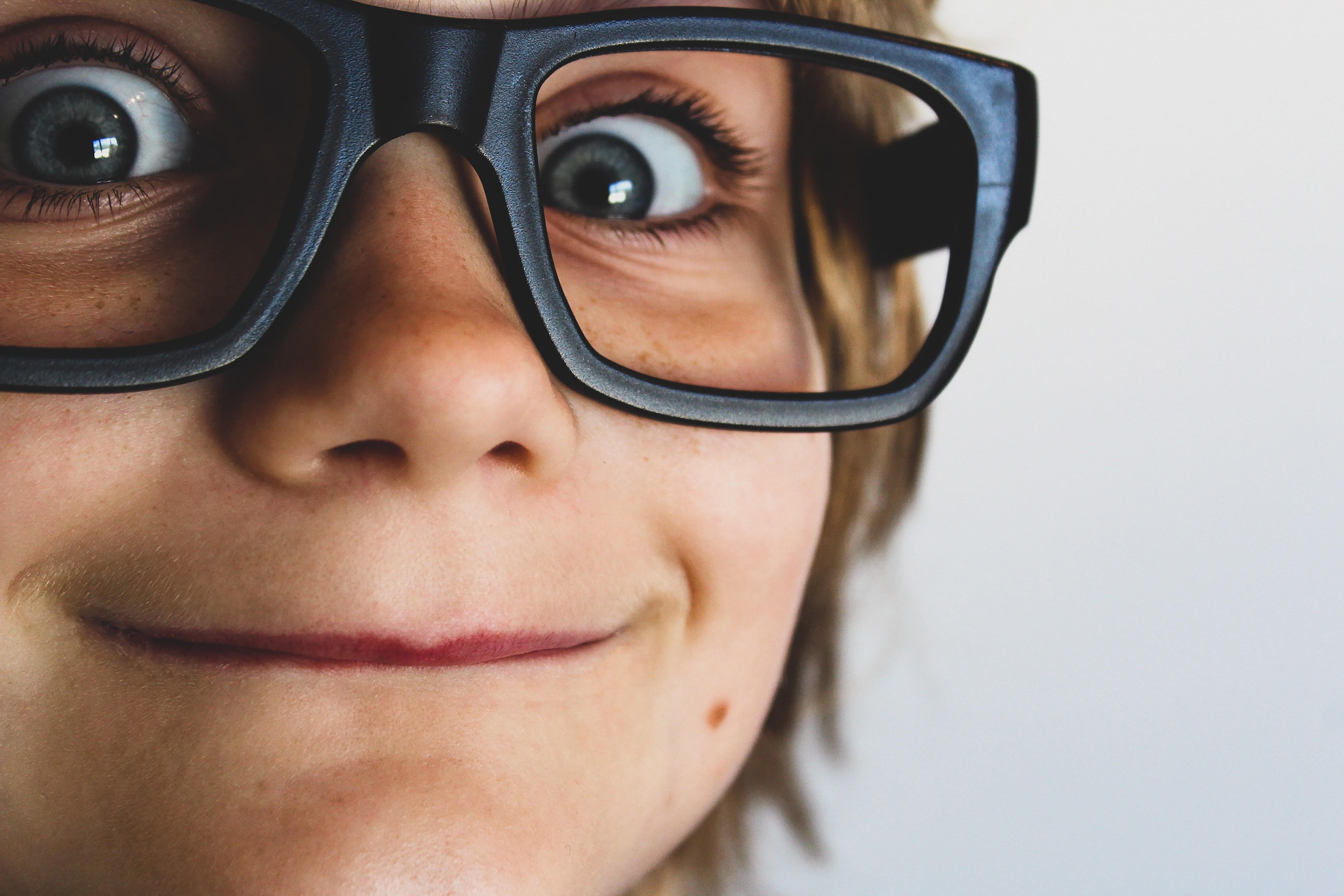 25 вопросов, которые можно задать ребенку вместо «Как дела в школе?»