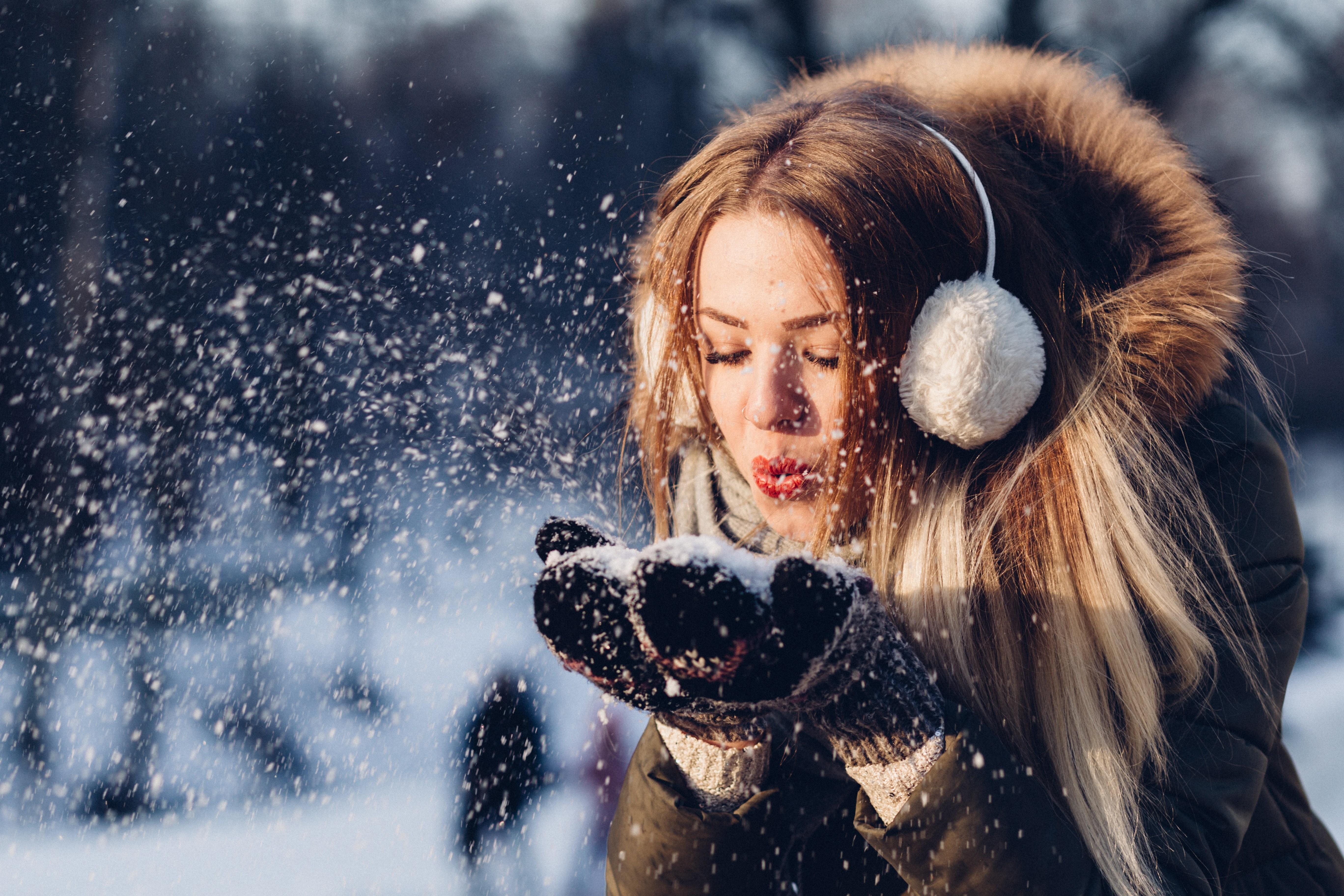 5 неочевидных причин, которые заставляют организм набирать вес зимой