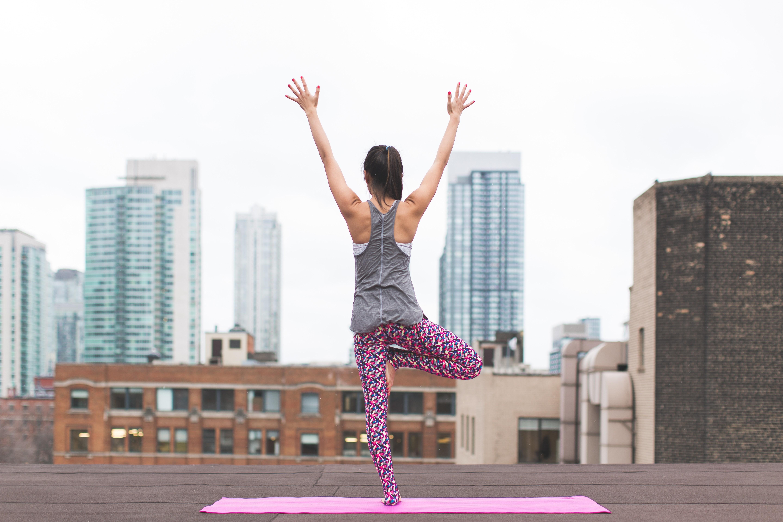 Йога для гипертоников – помогает или нет?