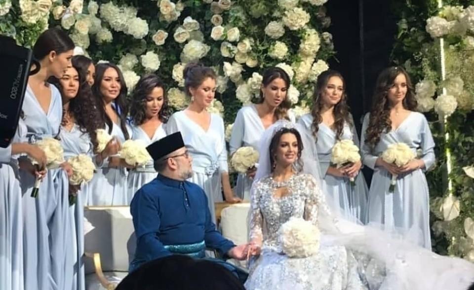 Свадьба короля Малайзии и Окса&...