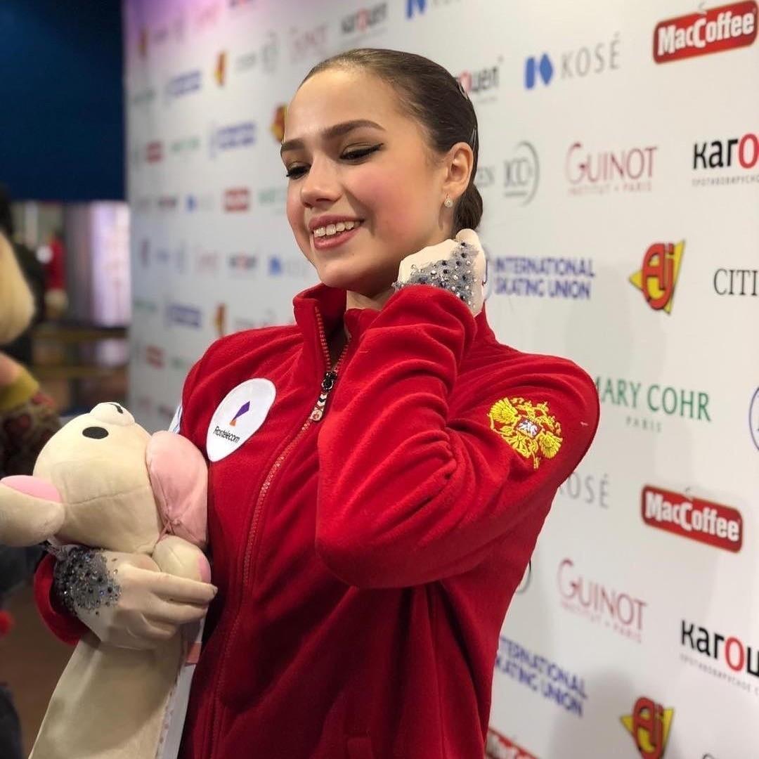 Алина Загитова сказала, что вернется в Instagram «после всех стартов»