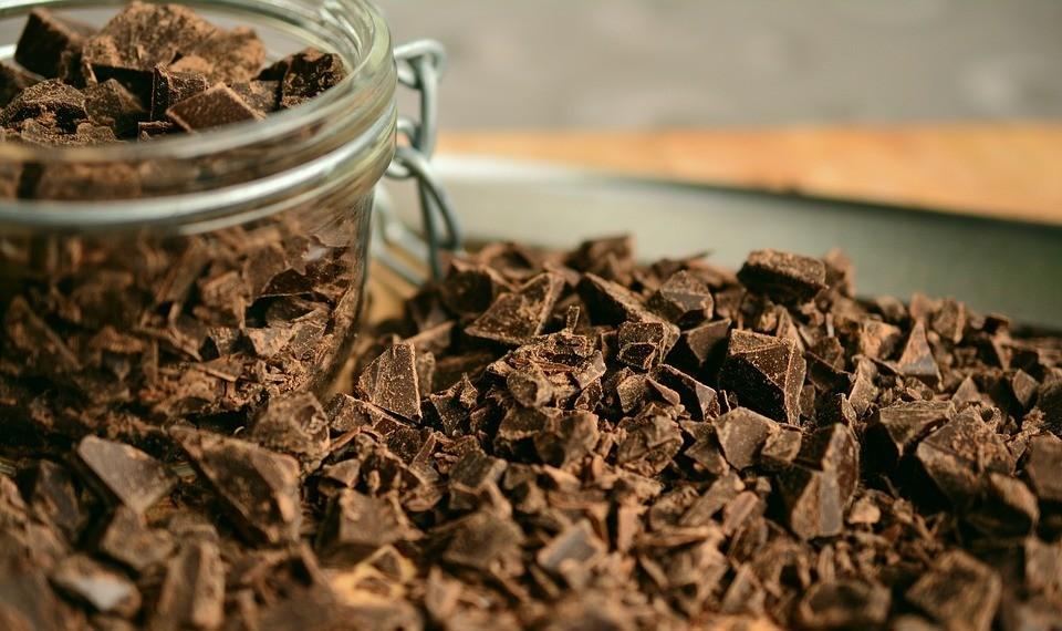 Чем полезен шоколад, и какой скрытый вред он несет