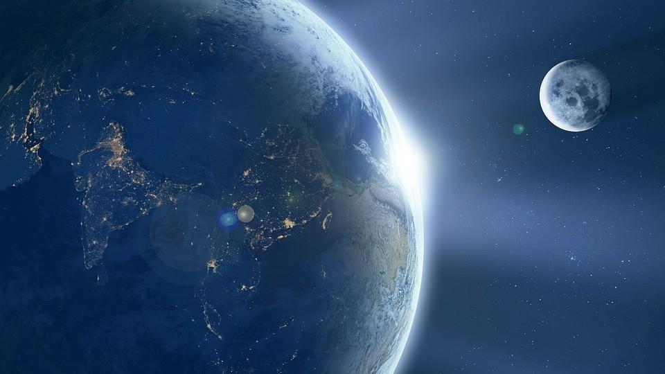Астролог заявила, что в ближайшие десятилетия конца света не будет
