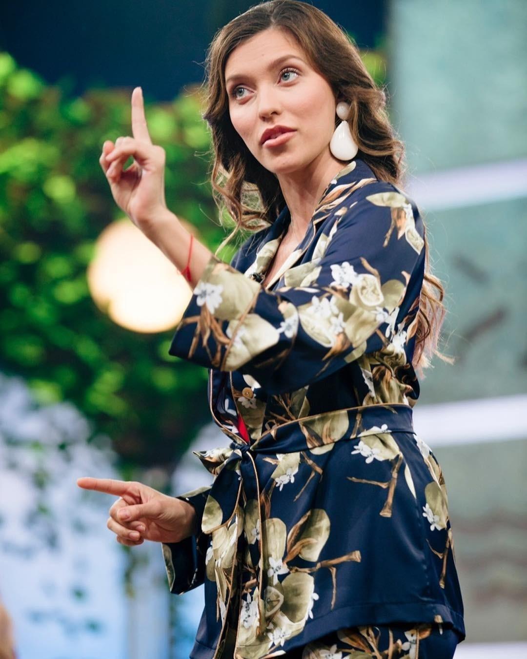 Регина Тодоренко рассказала, что «ноги ее не слушаются»