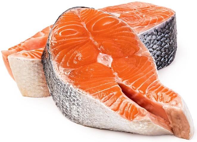 Зимой из-за короткого светового дня нам не хватает витамина D. Такой дефицит особенно характерен для жителей северных широт. Поэтому в меню нужно вводить жирные сорта рыбы, насыщенные вит...