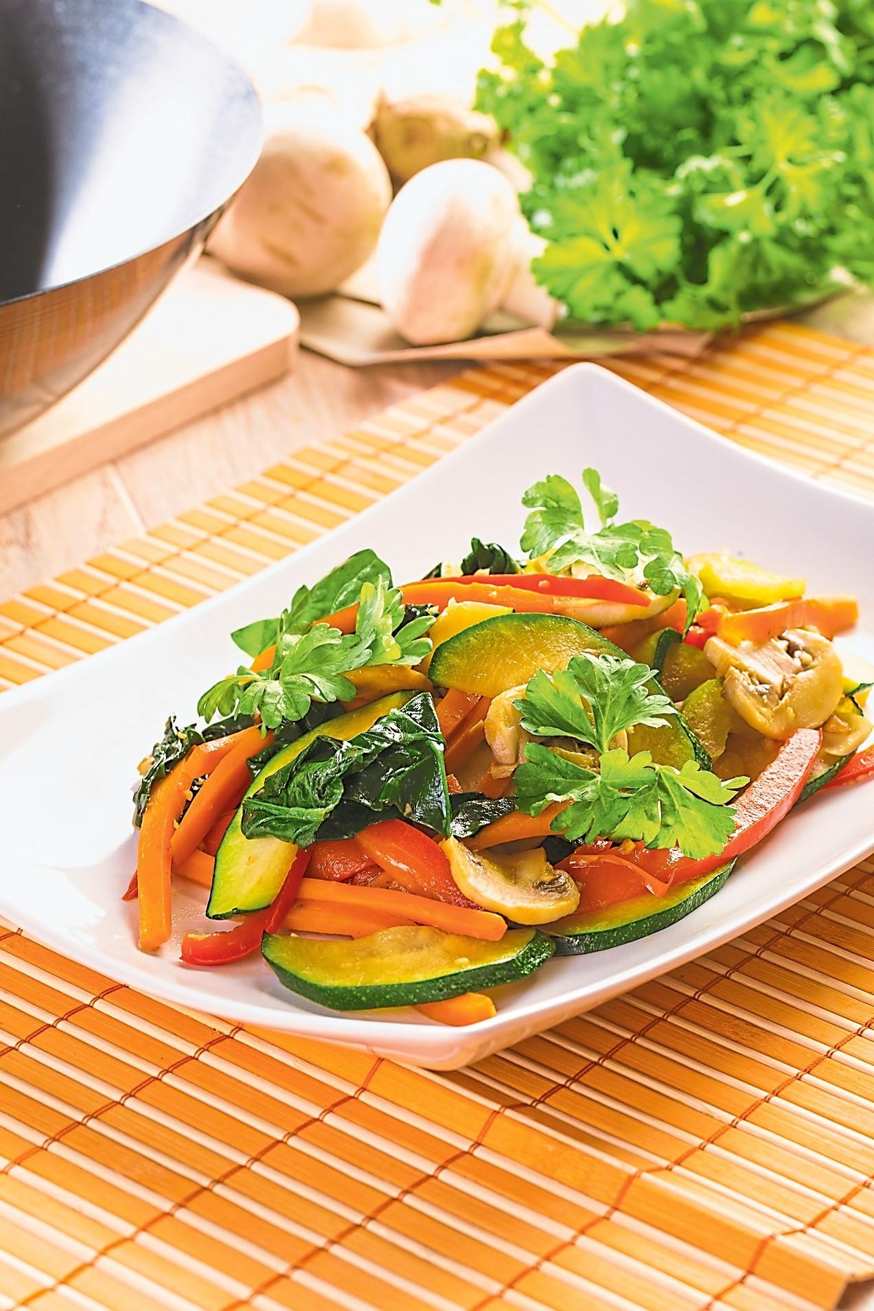 Овощи на воке