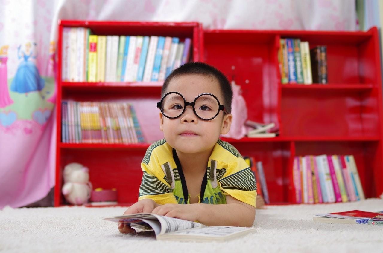 Важно знать: как научить ребенка читать по слогам