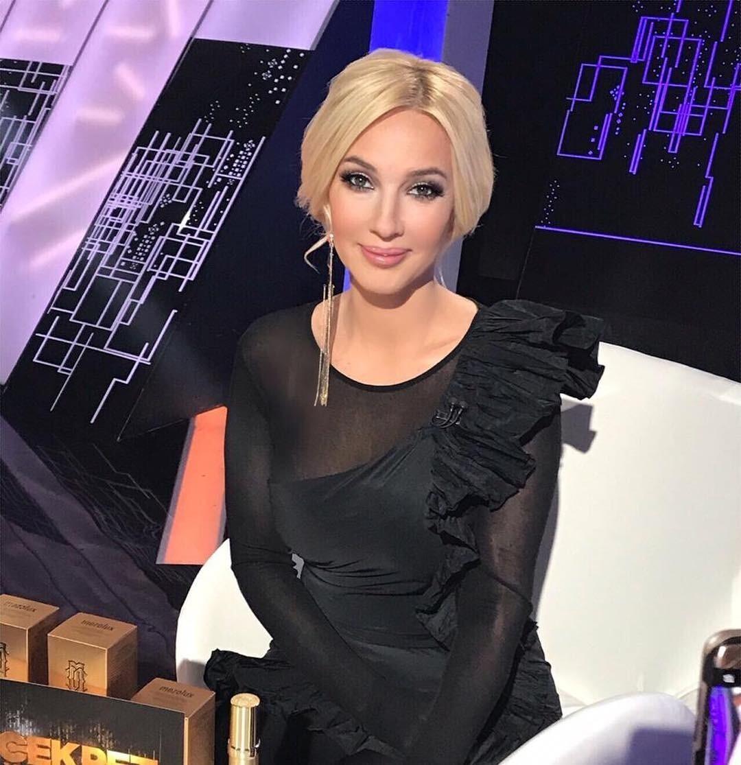 «По ночам ем пельмени»: Лера Кудрявцева призналась, что срывается с диеты (видео)