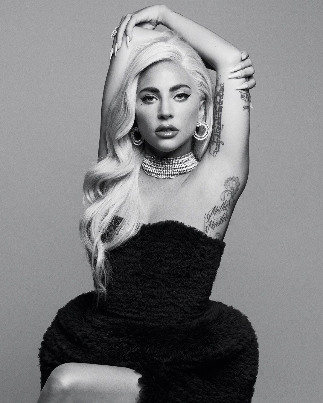 Леди Гага решила назвать свой новый альбом «Адель» иразозлила фанатов