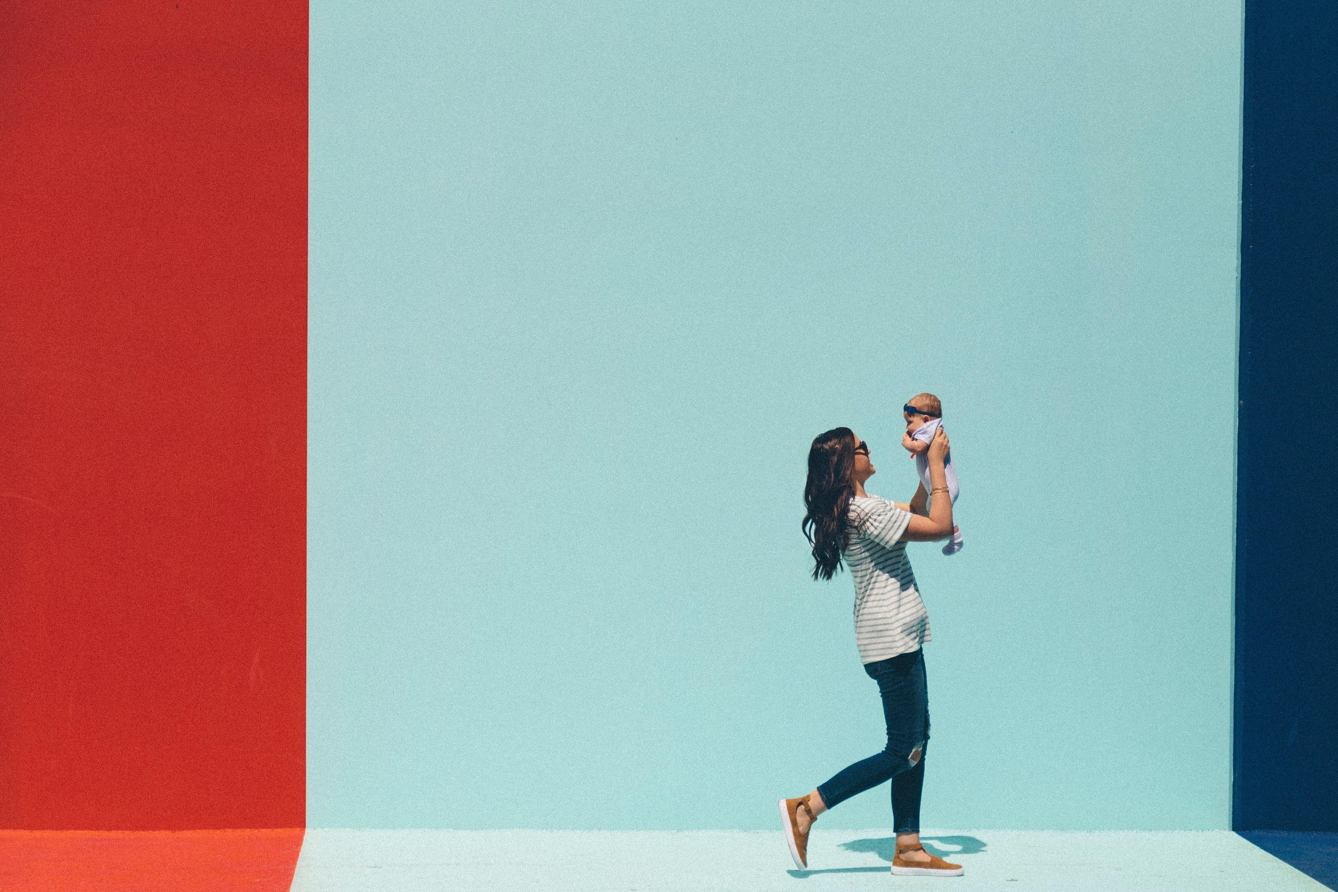 Как убрать и подтянуть живот после родов: упражнения и другие действенные способы
