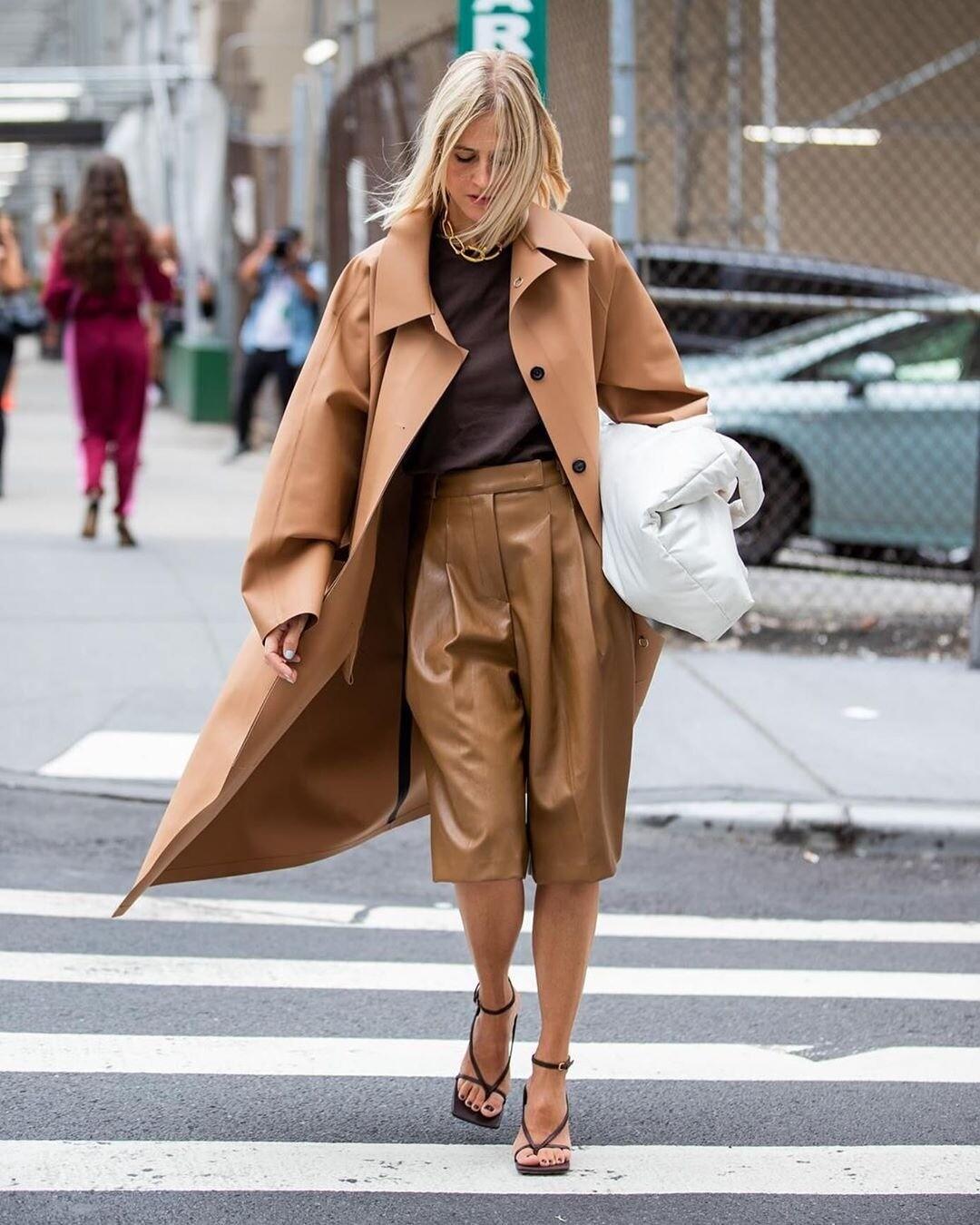 Как носить пальто оверсайз: 41 универсальный модный образ
