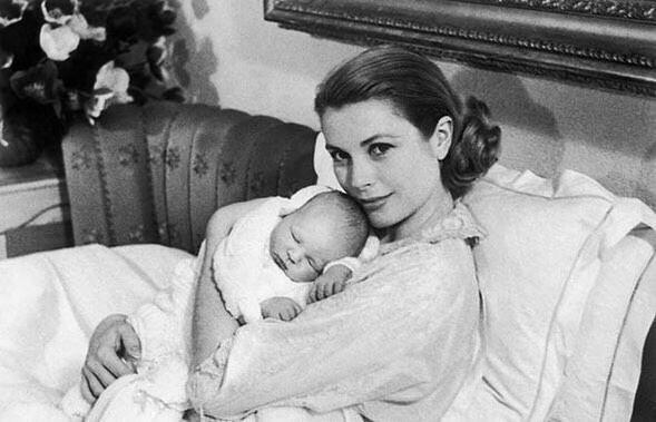 Грейс Келли с новорожденным сы&...