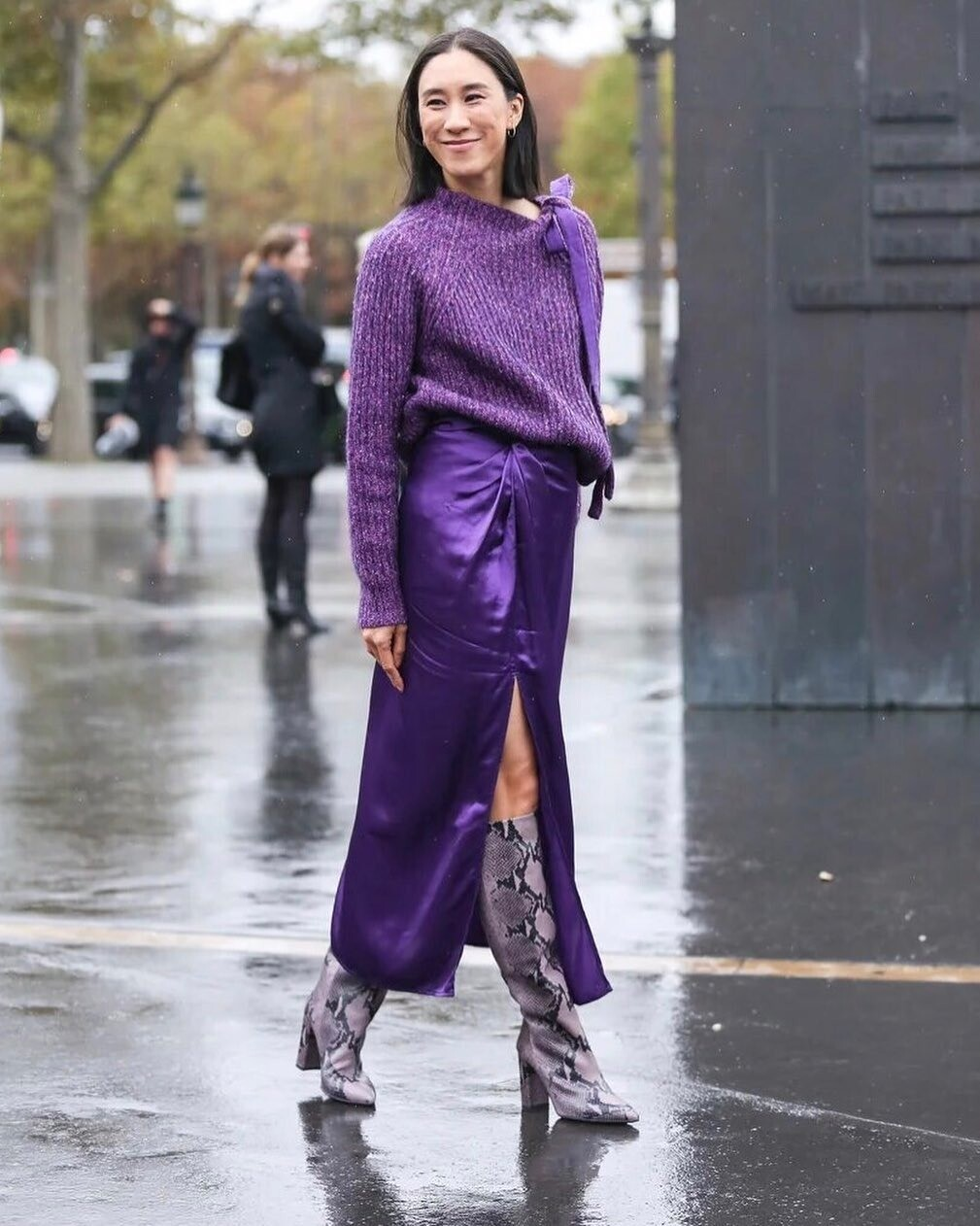 Одна вещь — 4 образа: как обыграть юбку в бельевом стиле