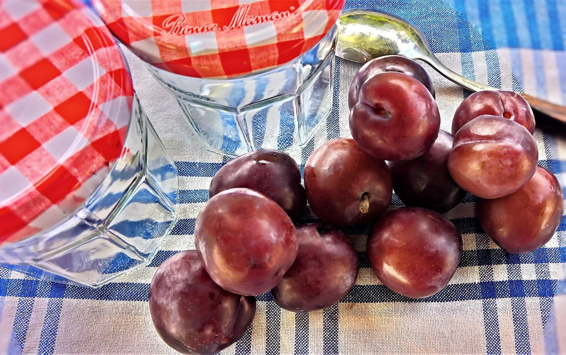 Вкусный кетчуп из слив на зиму: 6 рецептов простых и полезных