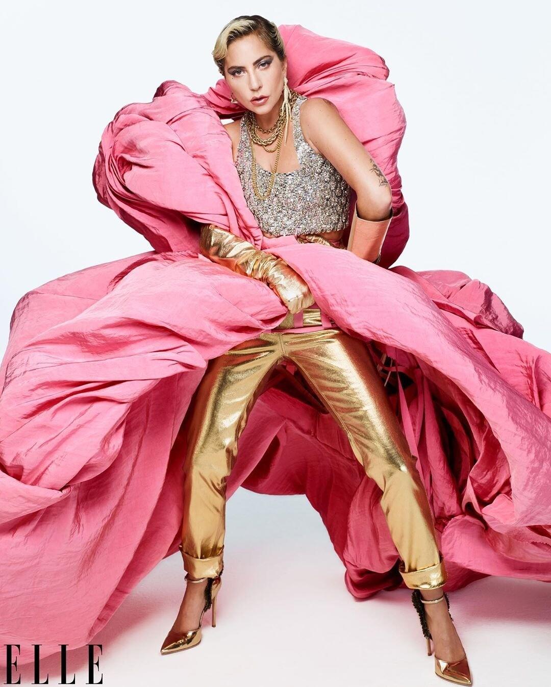 Леди Гага рассказала об изнасиловании и романе с Брэдли Купером