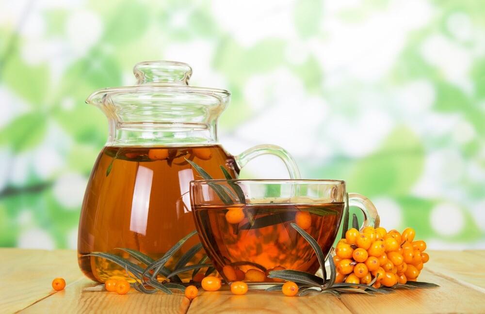 Против простуды и боли в горле: польза и вред облепихового чая