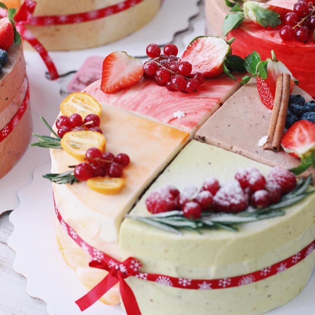 Как украсить торт фруктами и ягодами: бери на заметку 4 способа (и 50 фото)