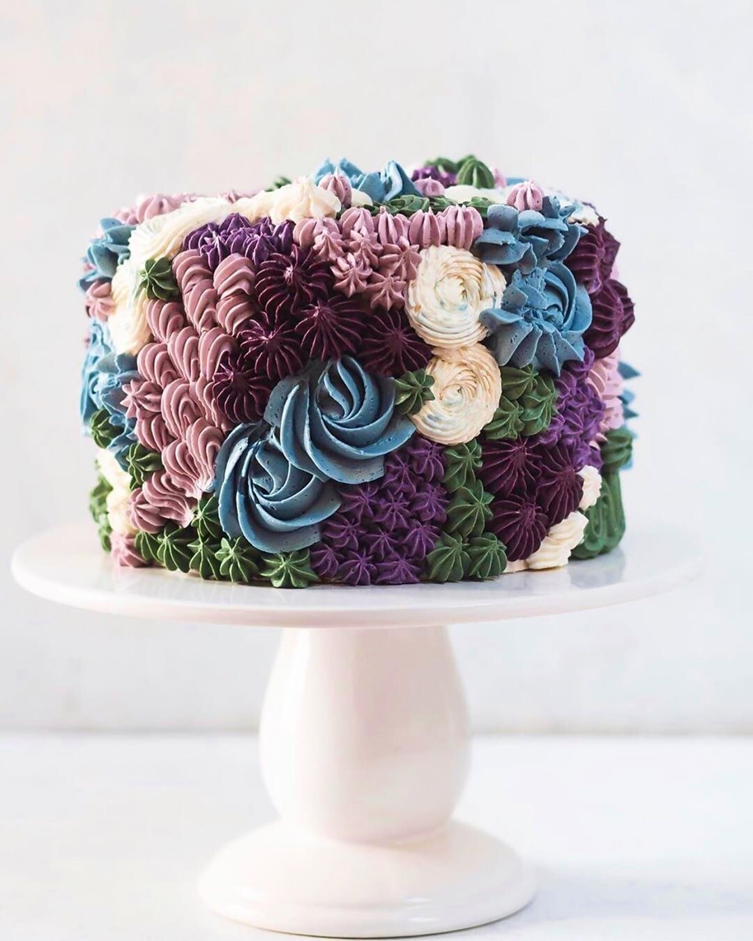 Кулинарное вдохновение: 50 идей, как украсить торт кремом