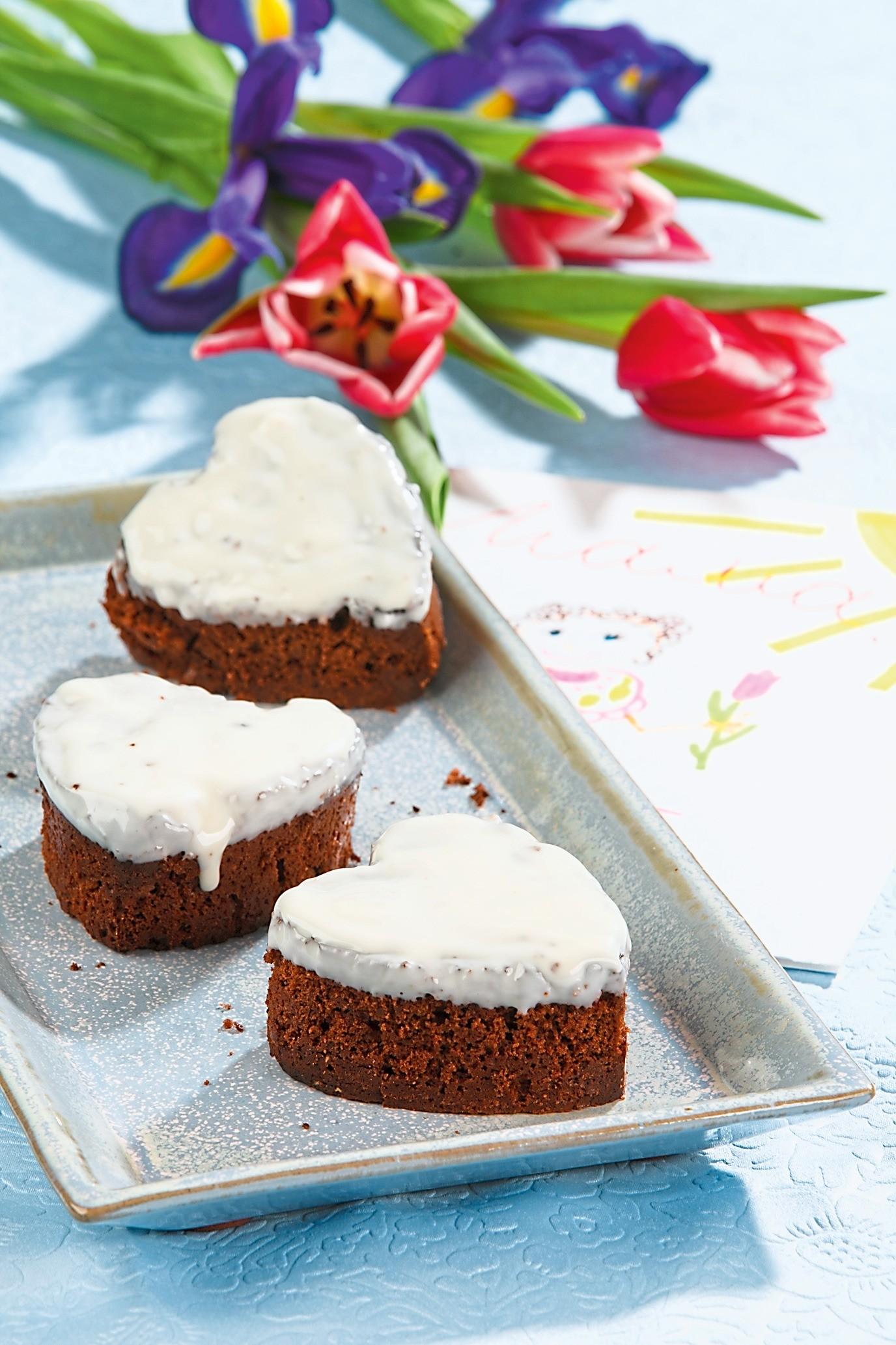Рецепт из детства: кексы с глазурью