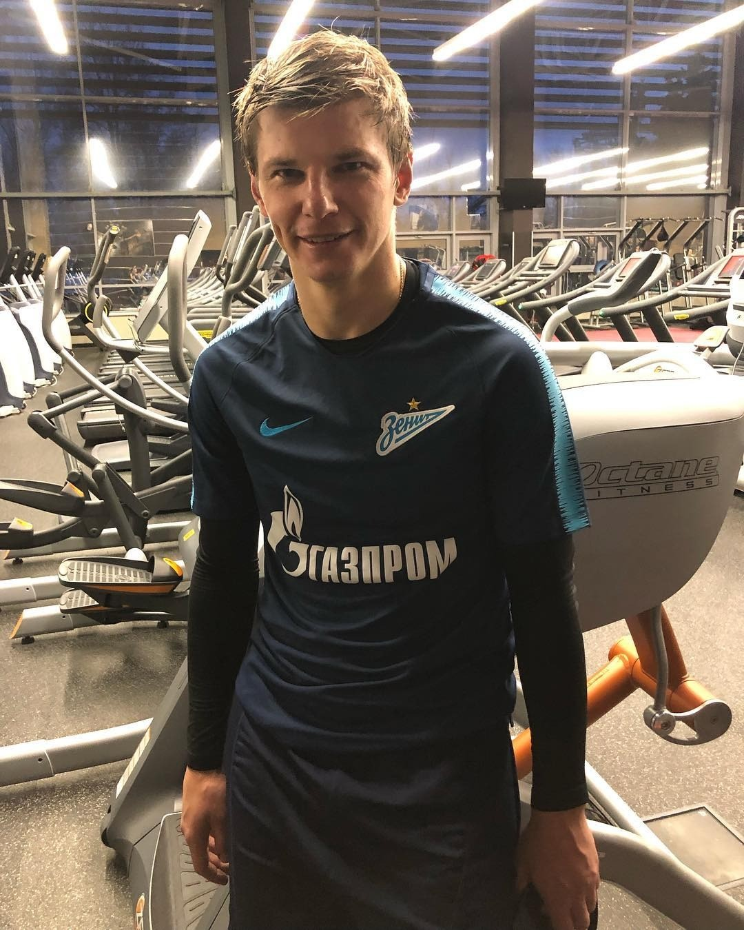 Жена Аршавина подала на футболиста заявление в полицию