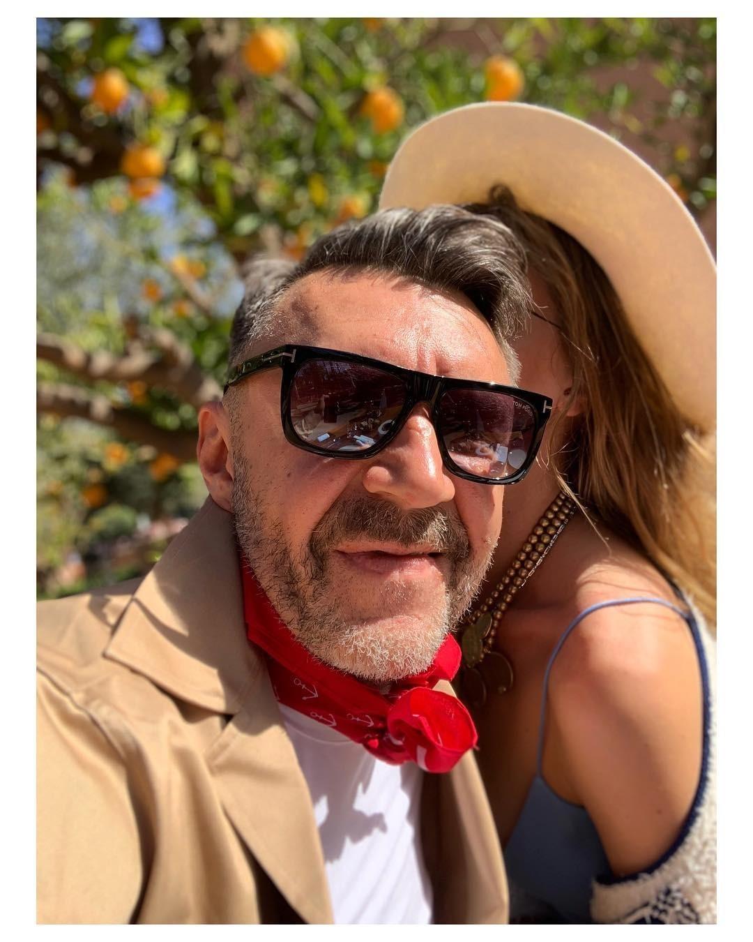 По мнению Марианны Абравитовой, впереди Сергея Шнурова ждет интересная, насыщенная событиями жизнь - это касается илюбовного фронта. Музыкант покарме ипо судьбе должен ибудет иметь бо...