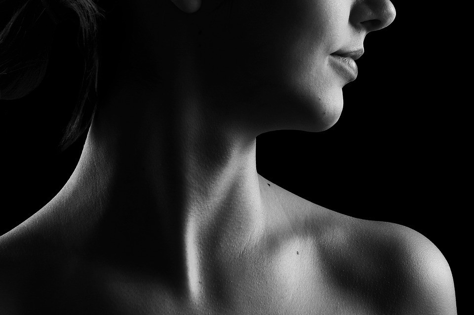4 эффективных средства от морщин на шее