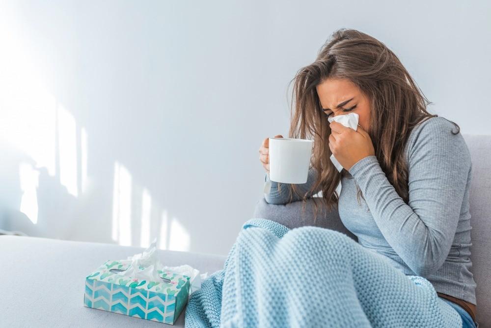 Как быстро вылечить насморк: 10 действенных способов