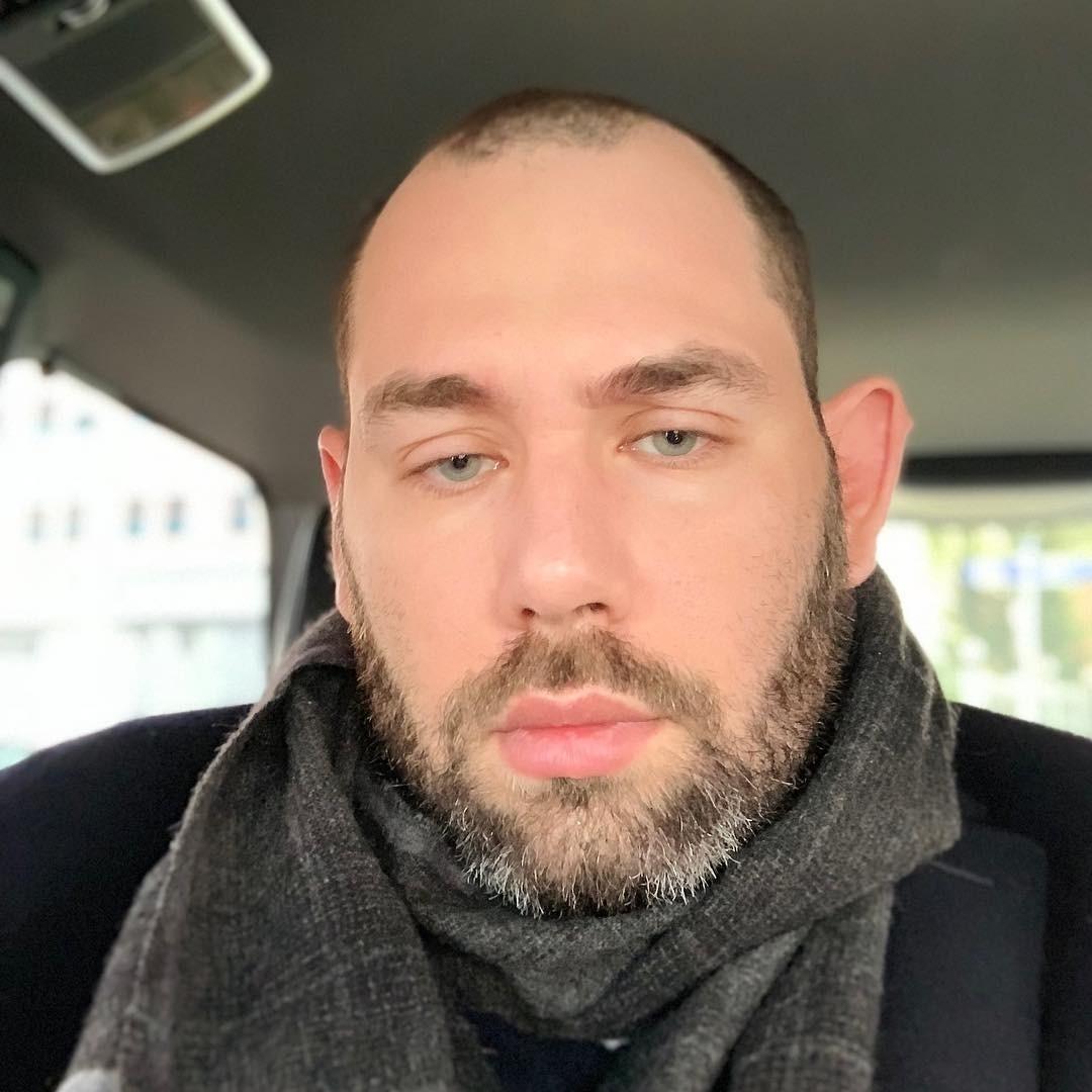 Семен Слепаков попал в больницу из-за проблем с сердцем