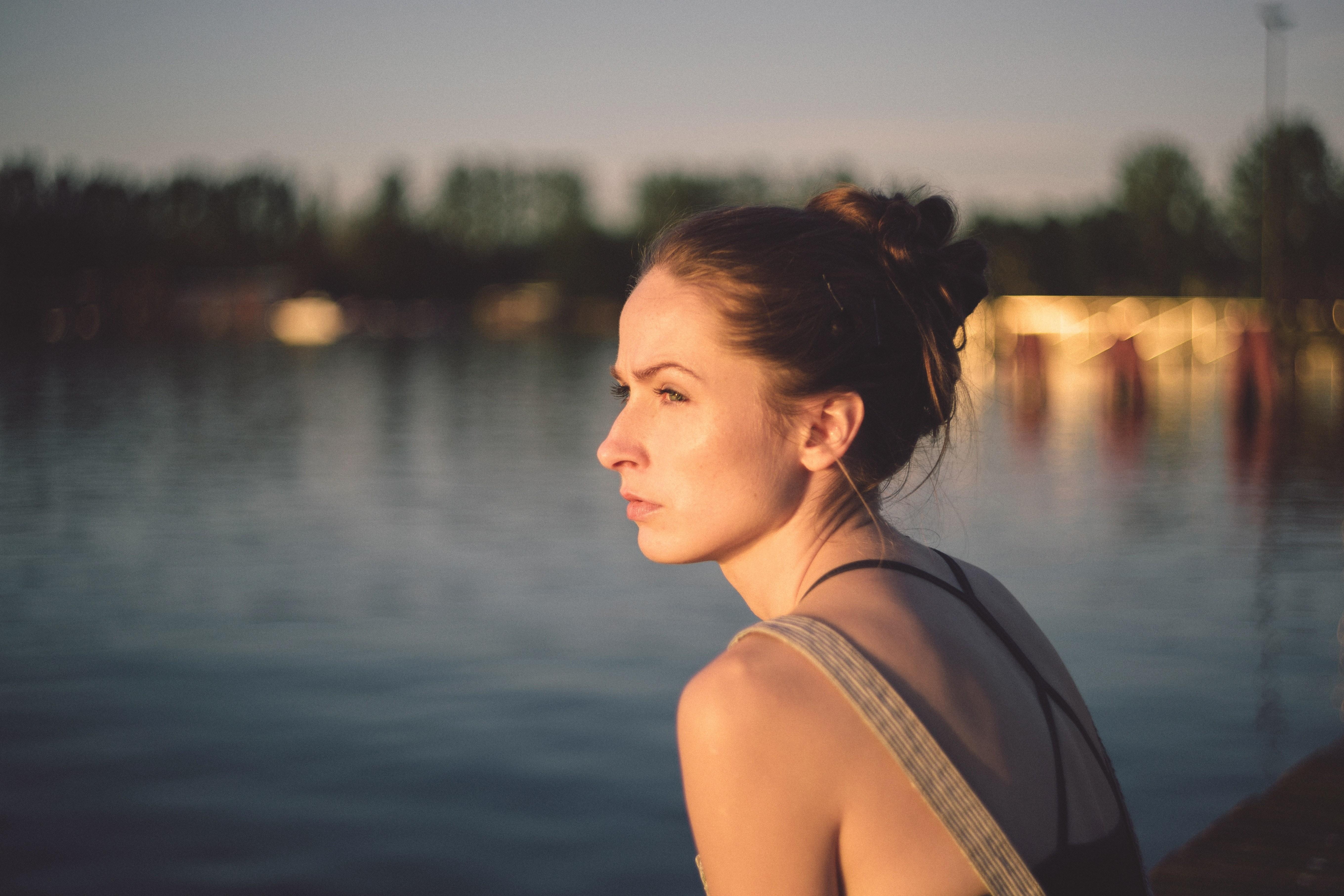 Откровения психолога: история пациентки, которая из-за нелюбви к себе терпела придирки мужа