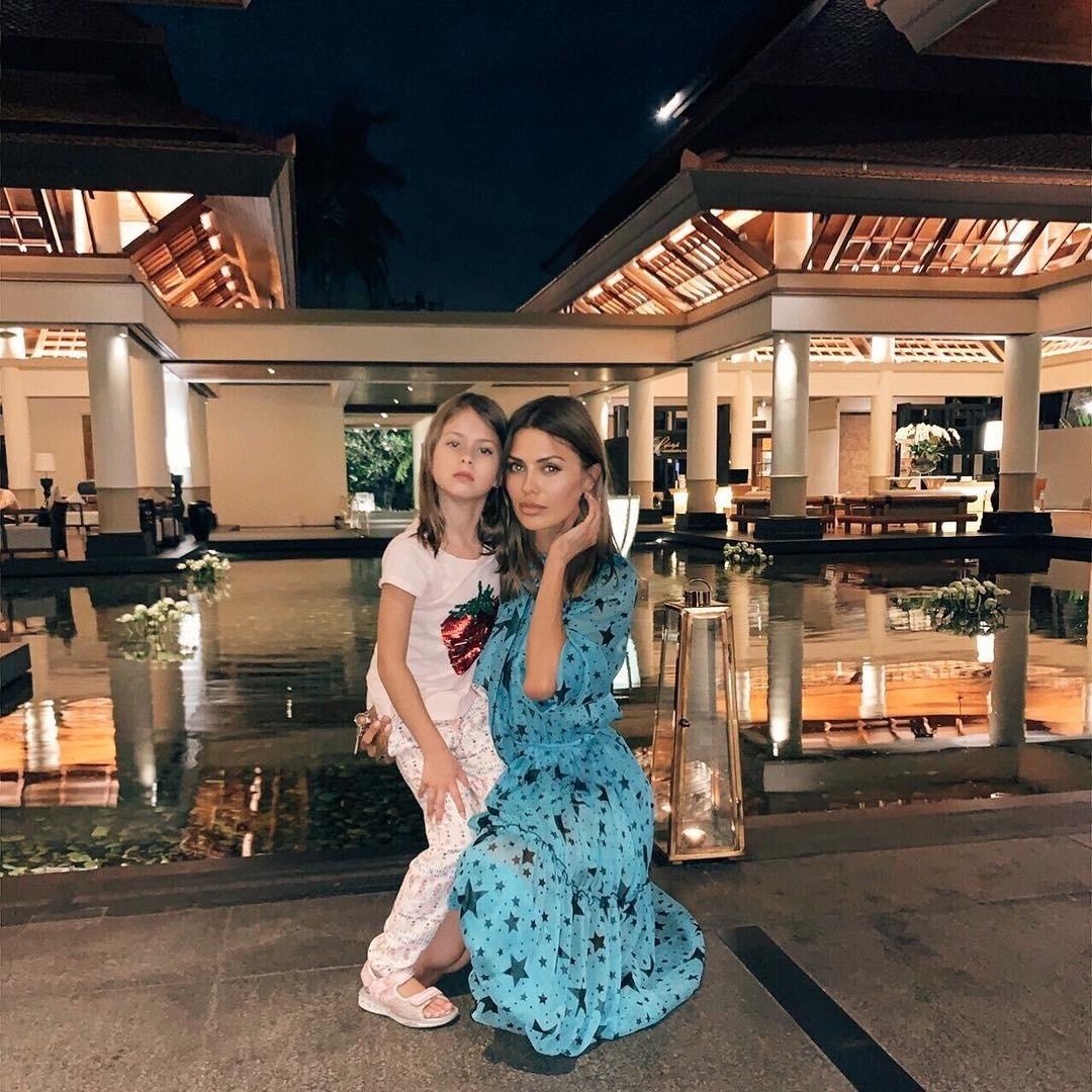 «Вообще-то, мы тут не живем!»: дочь Виктории Бони испортила видео мамы в Instagram