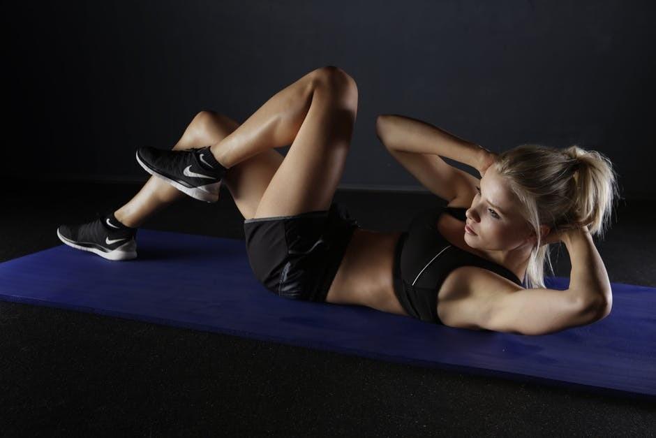 Почему нельзя заниматься спортом на голодный желудок? Объясняет фитнес-тренер